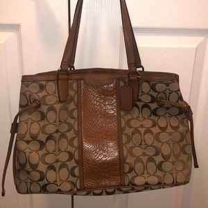 COACH Brown Classic C's Medium/Small Shoulder Bag